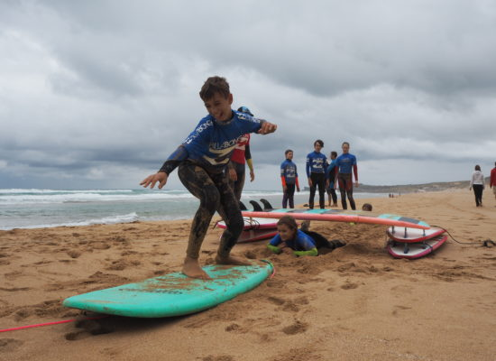 surf camp ve spanelsku